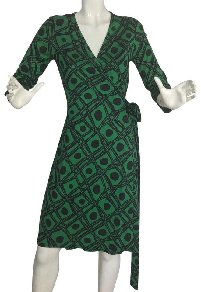 39dcd99e98cc7 Diane von Furstenberg Black and Green Julian Vintage Wrap Casual Dress