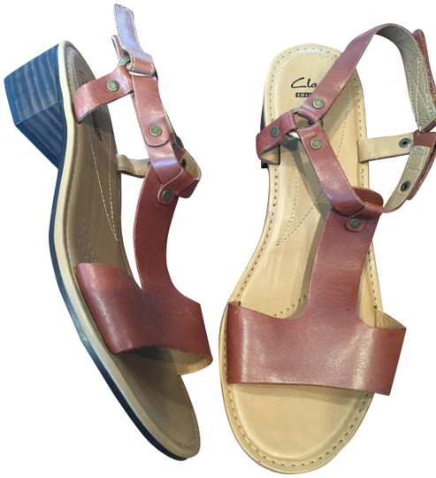 Clarks Block Heel Leather T Strap tan Sandals Image 0