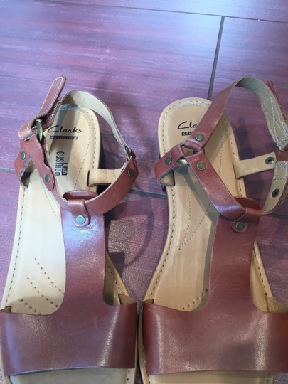 Clarks Block Heel Leather T Strap tan Sandals Image 1