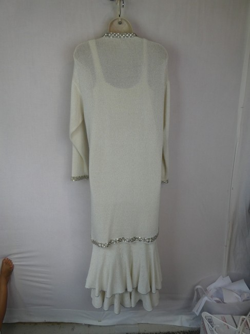 Vera Porter short dress ivory on Tradesy Image 10