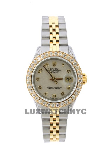 Preload https://img-static.tradesy.com/item/23627771/rolex-18ct-26mm-ladies-datejust-gold-ss-with-box-and-appraisal-watch-0-0-540-540.jpg
