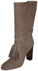 Burberry light nude Boots