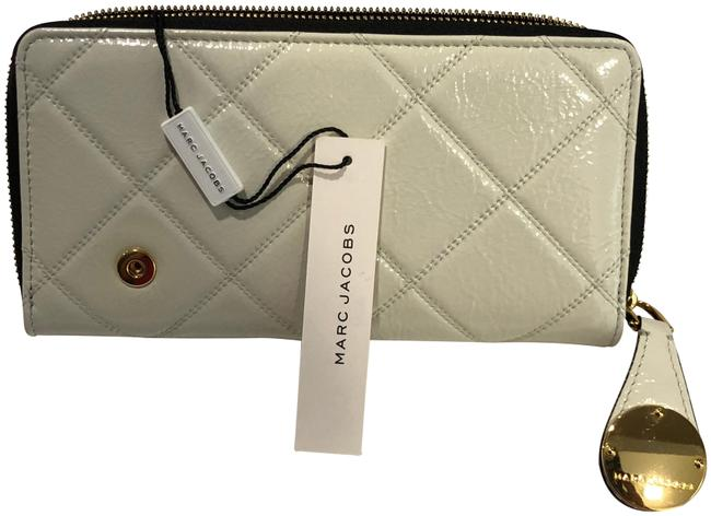 """Item - Pearl Clutch Quilted """"The Deluxe"""" Wallet"""