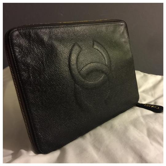 Chanel Clutch Image 7