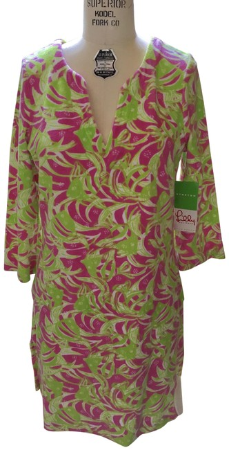 Preload https://img-static.tradesy.com/item/23628440/lilly-pulitzer-pink-and-green-terry-cattarina-hibiscus-cover-upsarong-size-10-m-0-1-650-650.jpg