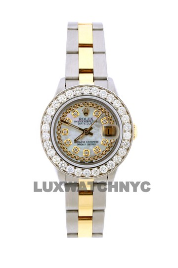 Preload https://img-static.tradesy.com/item/23628923/rolex-18ct-26mm-datejust-gold-ss-with-box-and-appraisal-watch-0-0-540-540.jpg