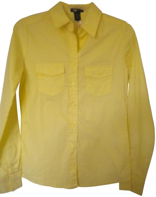 Preload https://img-static.tradesy.com/item/23629074/zenna-outfitters-yellow-women-small-shirt-button-down-top-size-6-s-0-1-650-650.jpg
