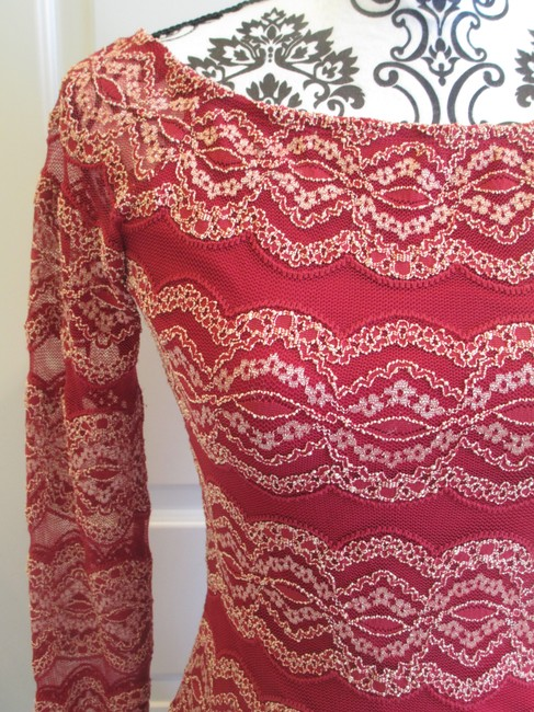 Gianni Bini Embroidered Fitted Lace Scoop Neck Dress Image 2