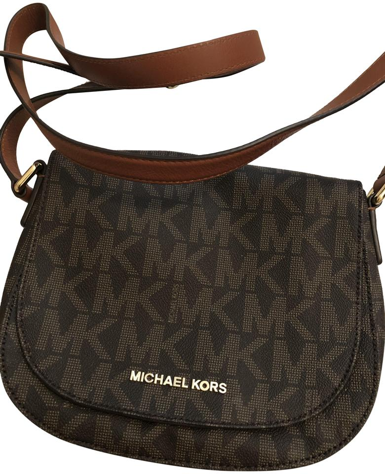 c91c446e1 MICHAEL Michael Kors Cross Body Bags - Up to 90% off at Tradesy