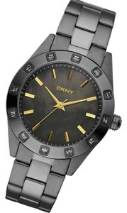 DKNY Brand New DKNY 3-Hand Analog with Glitz Women's Watch NY8662
