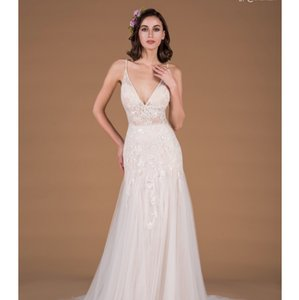 Ivory Electra From Destination Wedding Dress Size 0 (XS)
