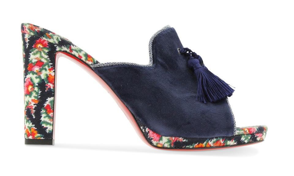 84ba1b679a9 Christian Louboutin Mules & Clogs - Up to 90% off at Tradesy (Page 4)