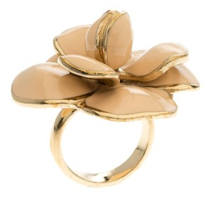 Chanel CC Camellia Pink Enamel Gold Tone Cocktail Ring Size 54