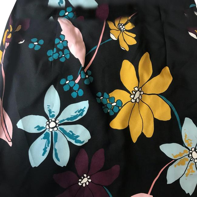 Preload https://img-static.tradesy.com/item/23632167/who-what-wear-x-target-floral-print-midi-skirt-skirt-size-2-xs-26-0-1-650-650.jpg