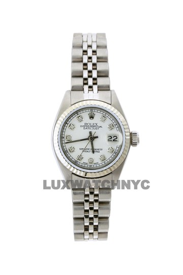 Preload https://img-static.tradesy.com/item/23632506/rolex-26mm-ladies-datejust-ss-with-box-and-appraisal-watch-0-0-540-540.jpg
