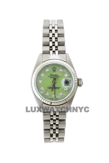 Preload https://img-static.tradesy.com/item/23632527/rolex-26mm-ladies-datejust-ss-with-box-and-appraisal-watch-0-0-540-540.jpg