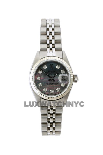 Preload https://img-static.tradesy.com/item/23632536/rolex-26mm-ladies-datejust-ss-with-box-and-appraisal-watch-0-0-540-540.jpg