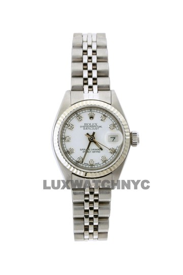 Preload https://img-static.tradesy.com/item/23632554/rolex-26mm-ladies-datejust-ss-with-box-and-appraisal-watch-0-0-540-540.jpg
