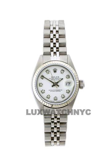 Preload https://img-static.tradesy.com/item/23632565/rolex-26mm-ladies-datejust-ss-with-box-and-appraisal-watch-0-0-540-540.jpg