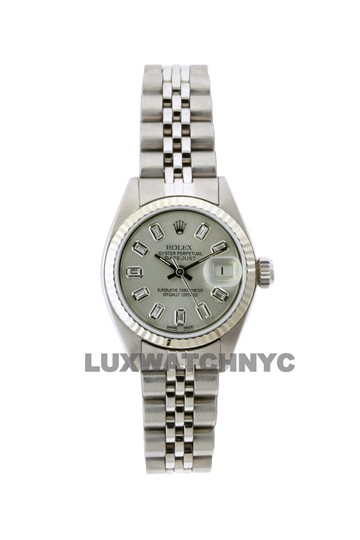 Preload https://img-static.tradesy.com/item/23632576/rolex-26mm-ladies-datejust-ss-with-box-and-appraisal-watch-0-0-540-540.jpg