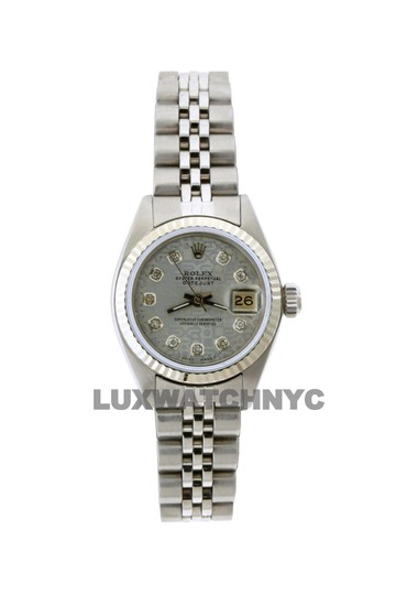 Preload https://img-static.tradesy.com/item/23632593/rolex-26mm-ladies-datejust-ss-with-box-and-appraisal-watch-0-0-540-540.jpg