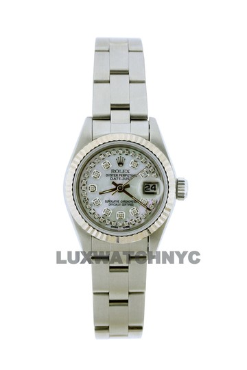 Preload https://img-static.tradesy.com/item/23632617/rolex-26mm-ladies-datejust-ss-with-box-and-appraisal-watch-0-0-540-540.jpg