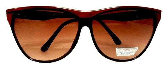 Preload https://item5.tradesy.com/images/brown-sale-true-vintage-1980-flat-top-style-oversize-black-with-reddish-trim-sunglasses-2363269-0-0.jpg?width=440&height=440