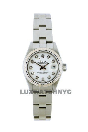 Preload https://img-static.tradesy.com/item/23632693/rolex-26mm-ladies-datejust-ss-with-box-and-appraisal-watch-0-0-540-540.jpg