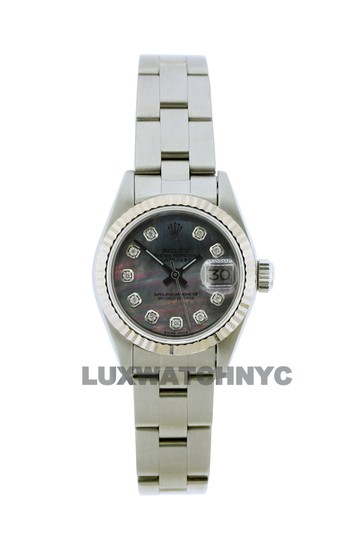 Preload https://img-static.tradesy.com/item/23632708/rolex-26mm-ladies-datejust-ss-with-box-and-appraisal-watch-0-0-540-540.jpg