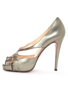 Christian Louboutin Leather Heels pewter Pumps