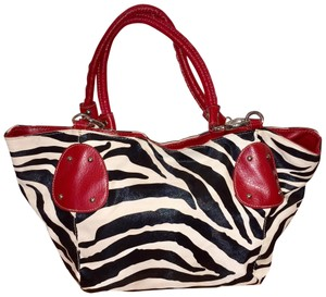 Bueno Collection Tote in Black, white, red