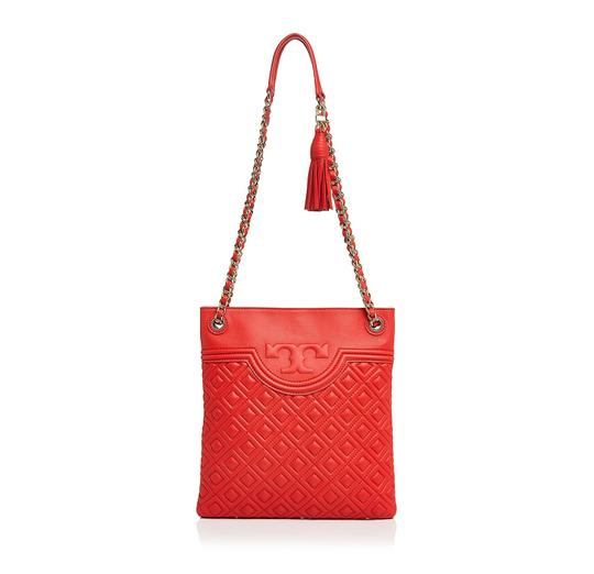Preload https://img-static.tradesy.com/item/23633094/tory-burch-fleming-quilted-swingpack-red-leather-cross-body-bag-0-0-540-540.jpg