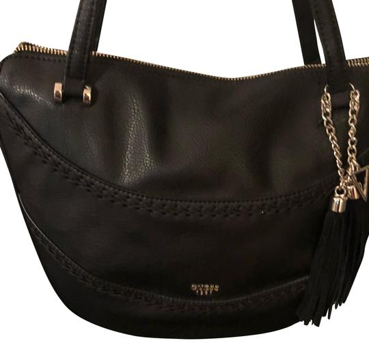 Preload https://img-static.tradesy.com/item/23633232/handbag-black-faux-leather-shoulder-bag-0-1-540-540.jpg