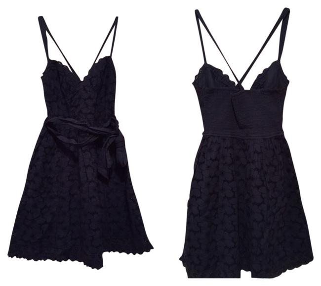 Preload https://img-static.tradesy.com/item/2363332/hollister-navy-blue-cocktail-dress-size-8-m-0-0-650-650.jpg