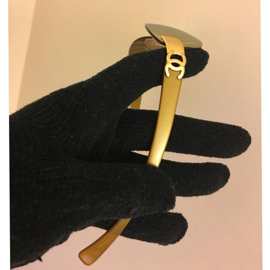Chanel mirrored lens in gold tone cc logo