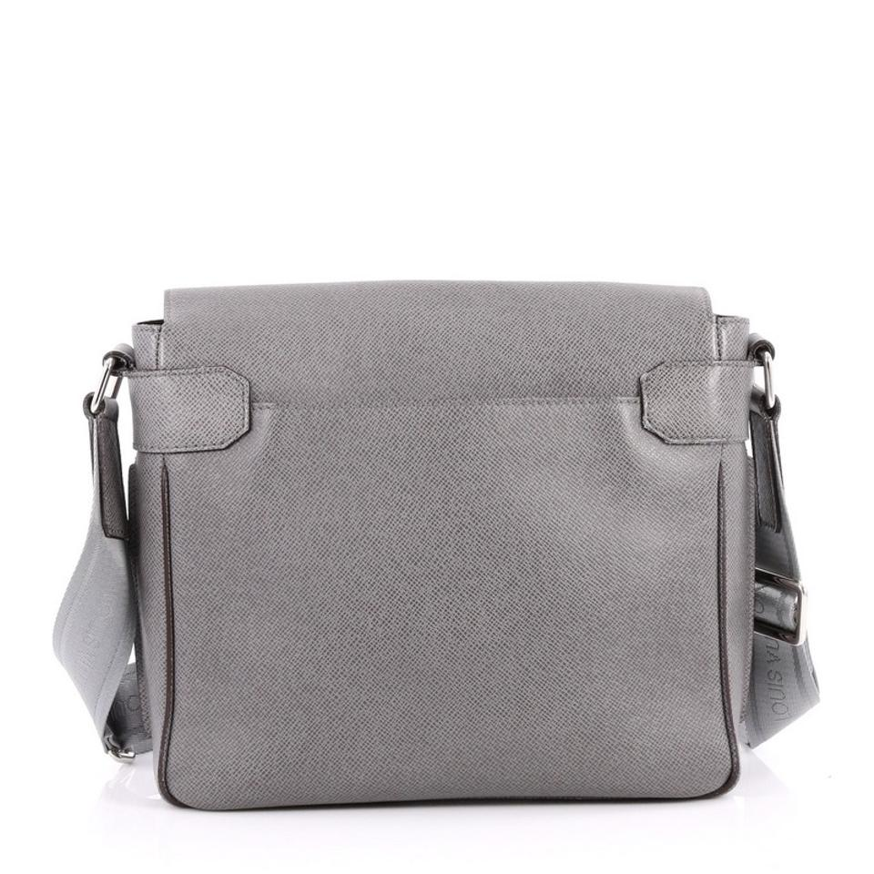 Louis Vuitton Crossbody Leather Grey Messenger Bag Image 5. 123456 e45f195d130ee