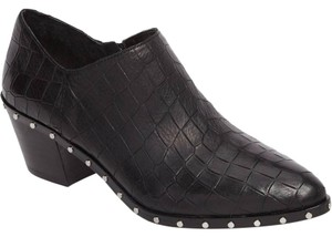 1.STATE Black Boots