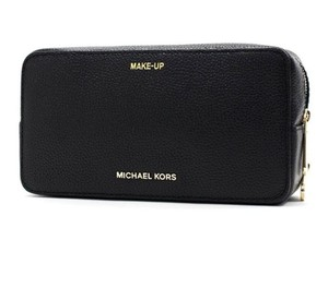 80cb180c63c2 Michael Kors Makeup   Cosmetic Bags - Up to 70% off at Tradesy
