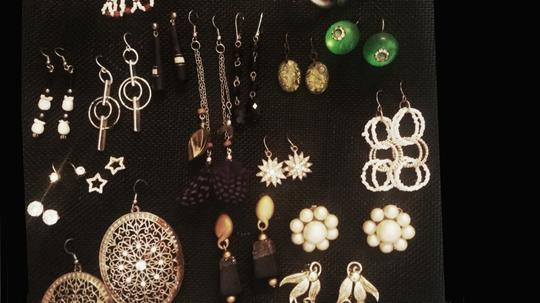Unknown Nice Lot of 35 Pairs of Earrings