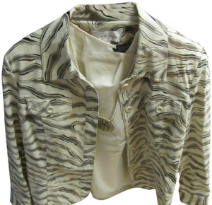 Erin London Longsleeve Dressy Quality Made Excellent Condition beige and gold Blazer