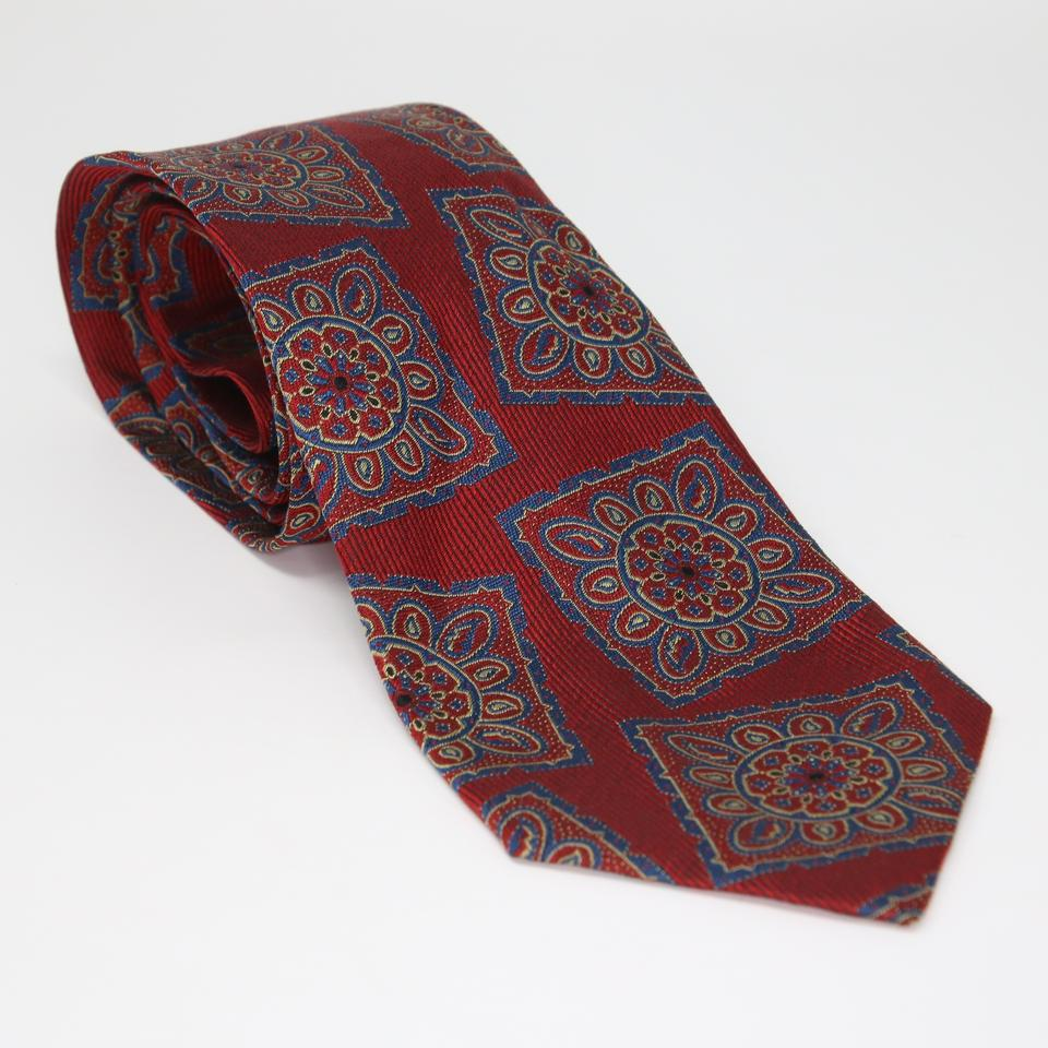 7acb0c3142e1 Red Versace Ties & Bowties for Grooms & Groomsmen - Up to 90% off at Tradesy