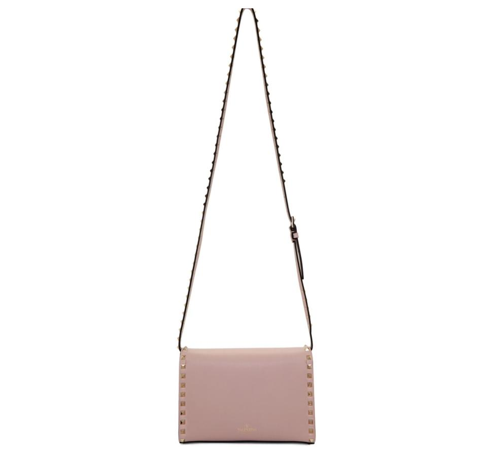 d6fb5c838d6 Valentino Small Rockstud Beige Poudre Leather Cross Body Bag - Tradesy