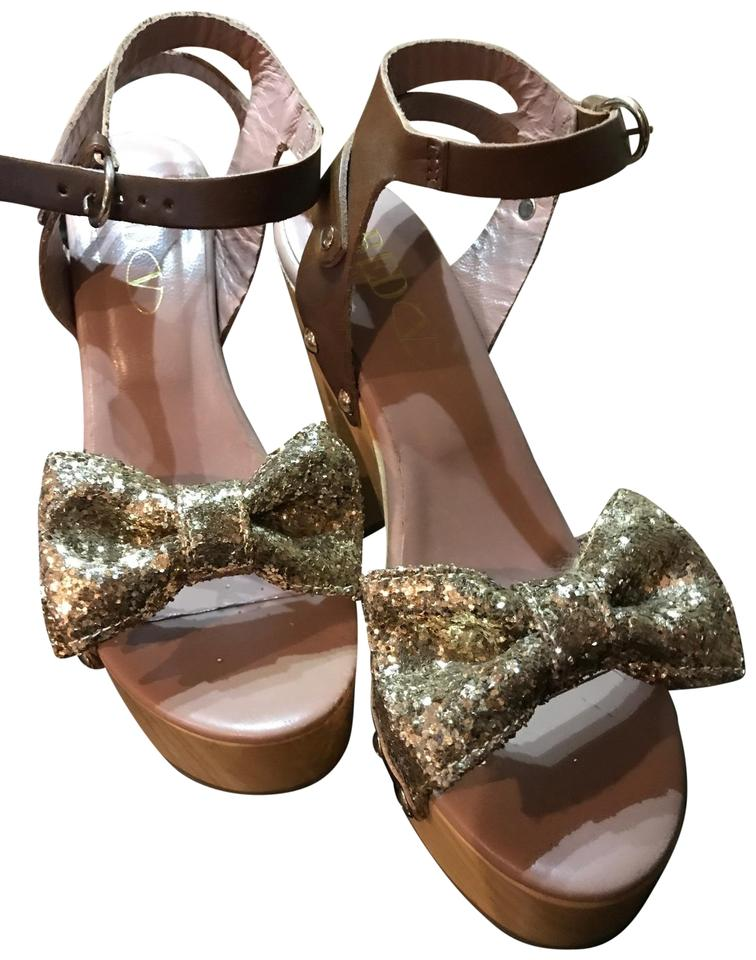 RED Valentino Golden Leather Large Bow with Wooden Heels and Leather Golden Straps Mules/Slides 08ac5a