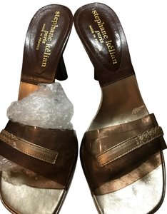 Stephane Kelian Brown Clear Lucite with Leather Formal