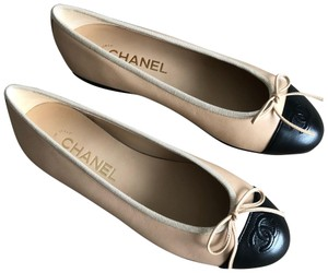 47ae4cb90742 Chanel Silver Black 16k Cc Metallic Leather Loafers Moccasin Cc Heel ...