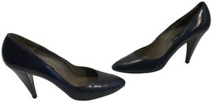 Vaneli Navy leather including heels leather lining vintage classic Pumps
