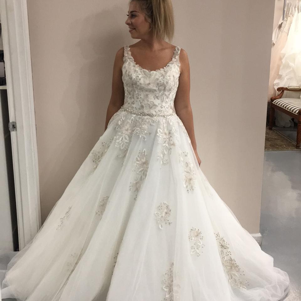 88668eaf199f Maggie Sottero Ivory with Blush Accent Tayla Vintage Wedding Dress Size 10  (M) Image ...