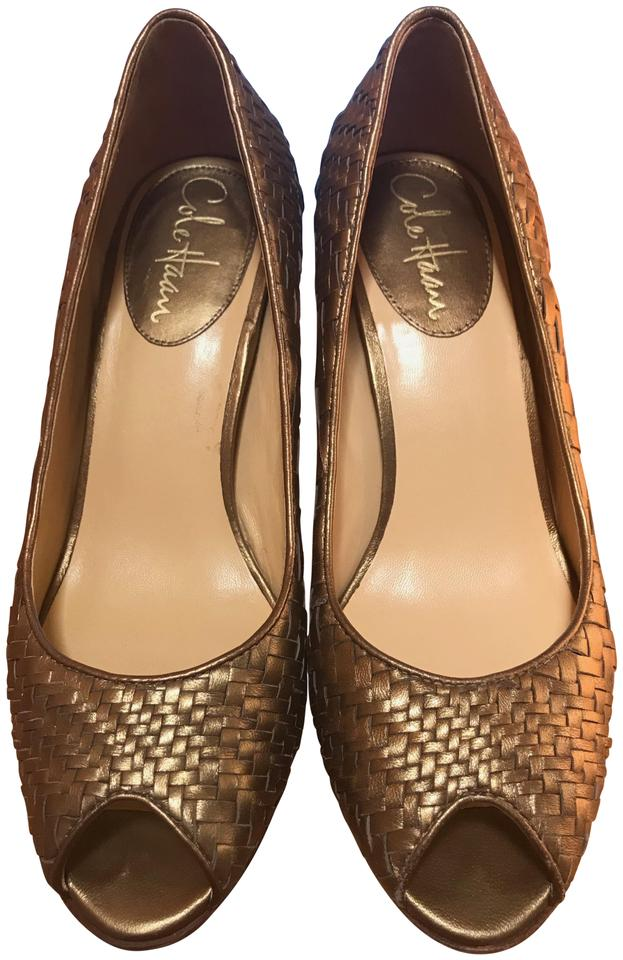 2870e15a80af Cole Haan Gold Nike Air Formal Shoes. Size  US 7 Regular (M ...