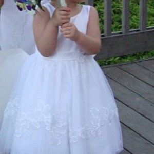 Alfred Angelo Adorable White Flower Girl Formal Bridesmaid/Mob Dress Size OS (one size)