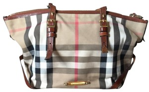 Burberry Tote in Cognac/House Check